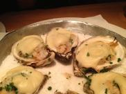 Oysters Rockafeller ay Oyster Boy.