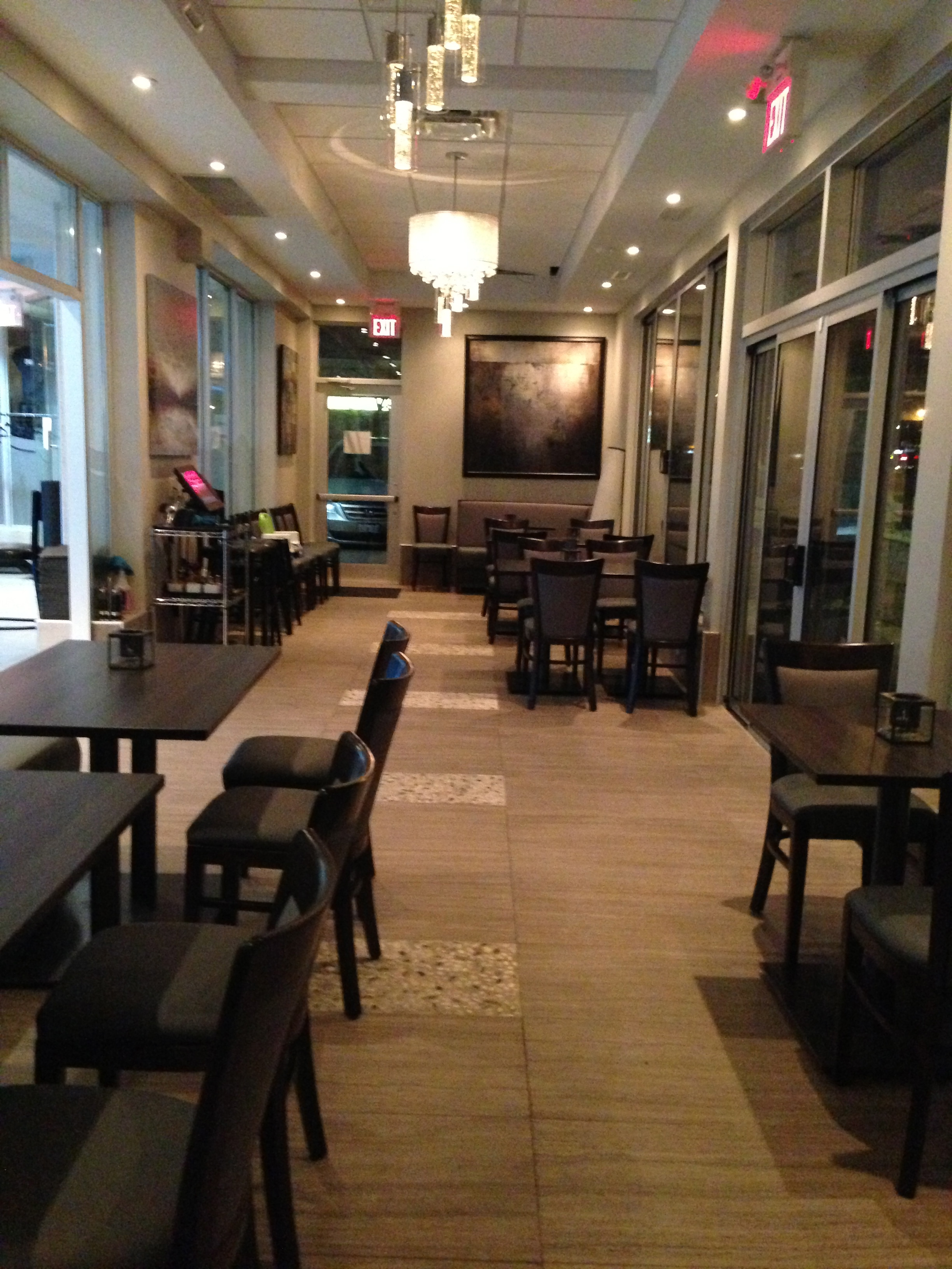 the seafood spree continues diana s oyster bar grill. Black Bedroom Furniture Sets. Home Design Ideas