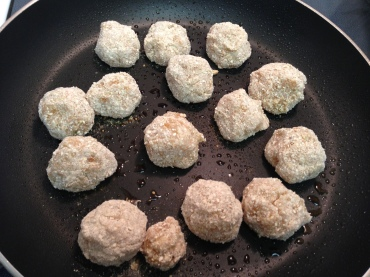 how to make sweet sauce for fish ball